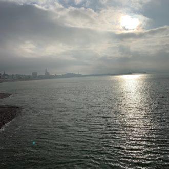 La mer avec la ville en arrière plan - Le Havre